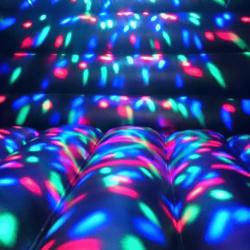 Achat Château Gonflable Disco, effets de lumières