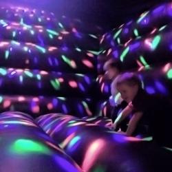 Achat Château Gonflable Disco, pour des soirées entre enfants
